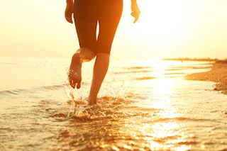 Barefoot marathon running