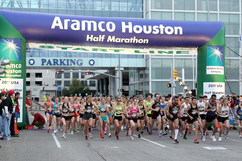 Alles over de Aramco Houston Half Marathon en hoe jij er aan mee kunt doen