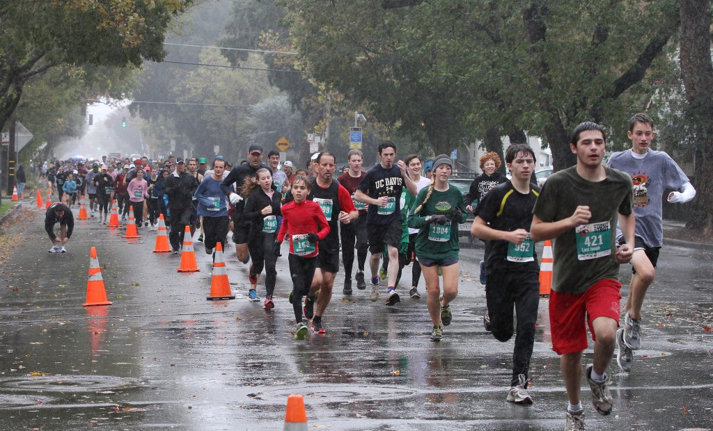 davis turkey trot half marathon