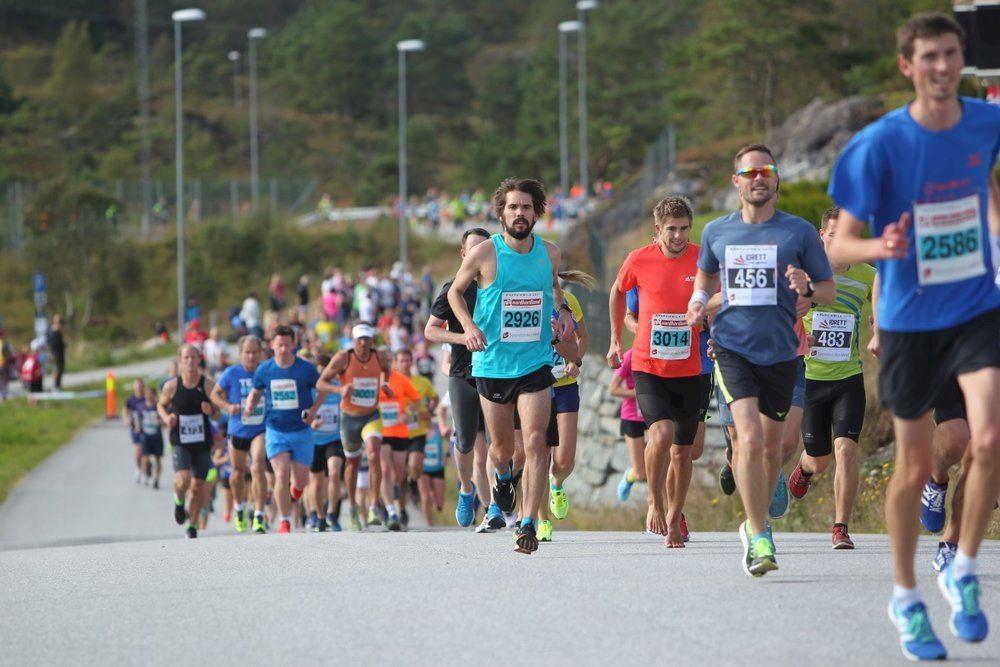 Alles over de Knarvikmila The great Fjord Run en hoe jij er aan mee kunt doen