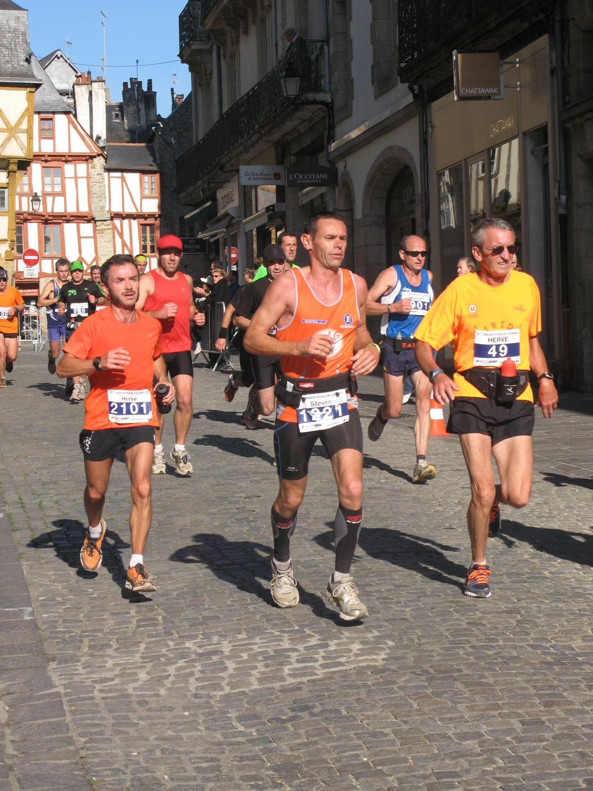 Alles over de Marathon De Vannes en hoe jij er aan mee kunt doen