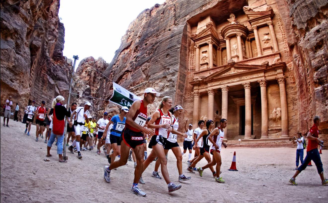Alles over de Petra Desert Marathon en hoe jij er aan mee kunt doen