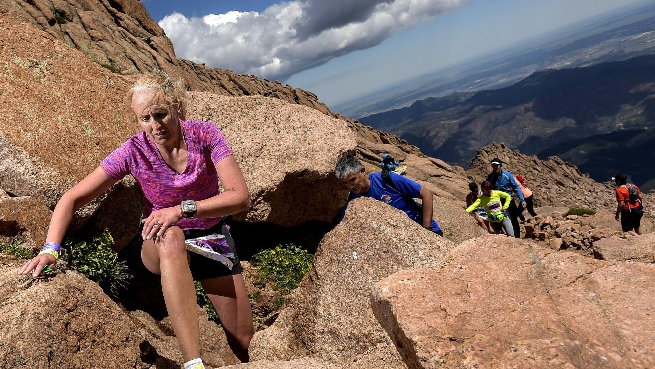 pikes peak ascent marathon