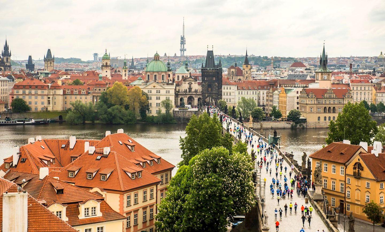 Volkswagen prague marathon world 39 s marathons for Central prague